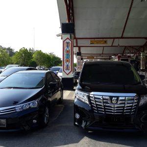 mobil-mobil mewah