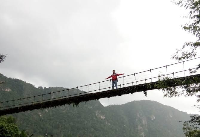 Jembatan Gantung Sungai Nateh, Kabupaten Hulu Sungai Tengah