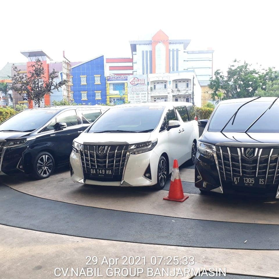 rental mobil alphard di Banjarbaru