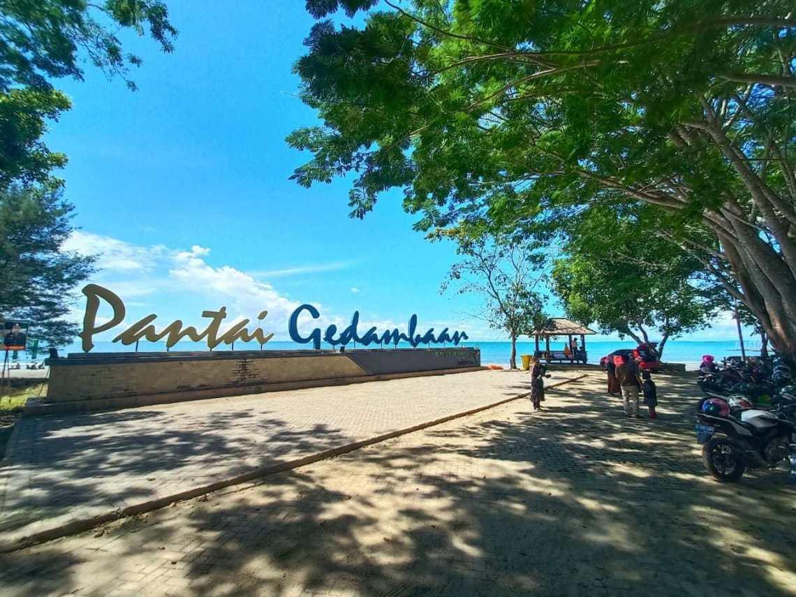 Pantai Gedambaan Kotabaru, Kalimantan Selatan